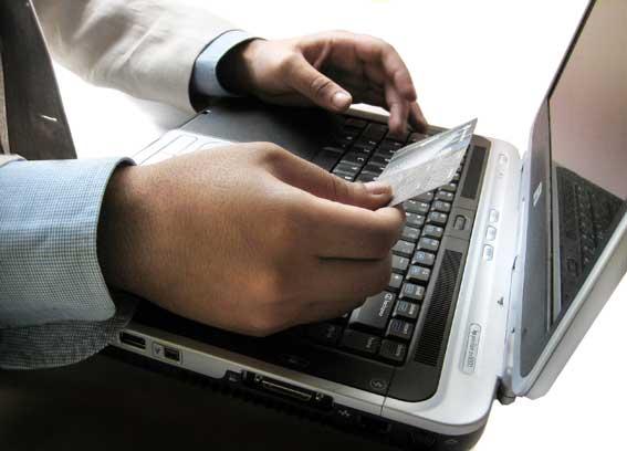 Acquisti e pagamenti via web